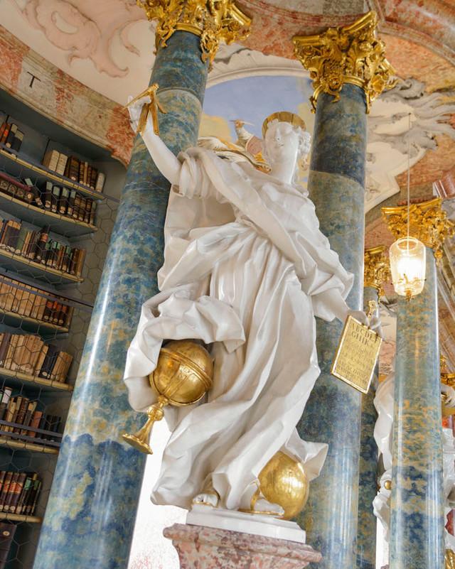 Bibliothekssaal, Kloster Wiblingen