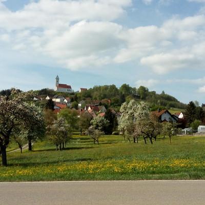 Aussichtspunkte entlang des Oberschwaben-Allgäu-Radwegs: Bussen bei Uttenweiler