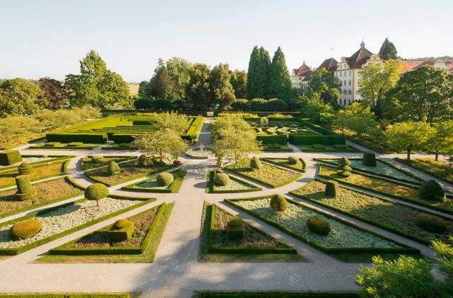 Ansicht des Parks vor dem Kloster und Schloss Salem