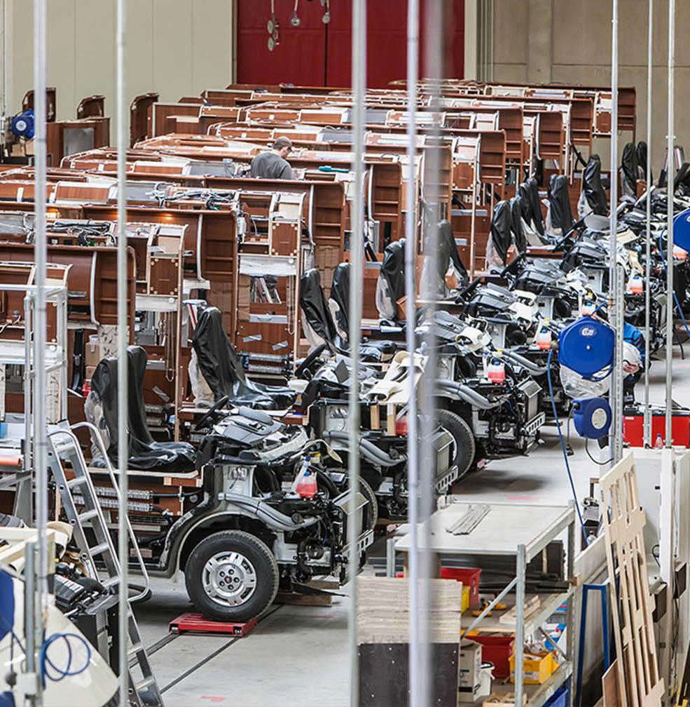 Blick in die Produktionshalle des Reisemobilherstellers Carthago