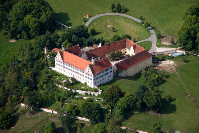 Schloss Mochenthal